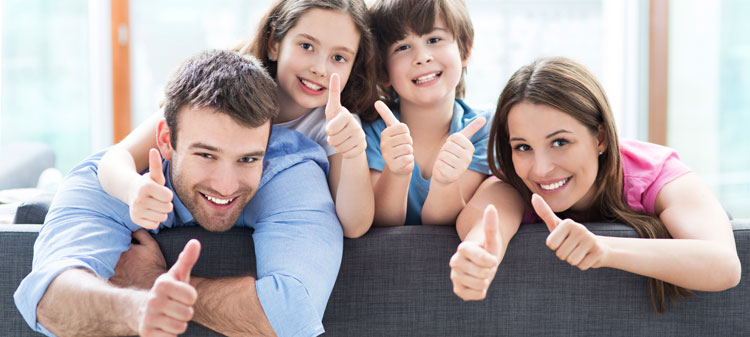 Family-at-home-with-thumbs-up-000064944029_Medium.jpg